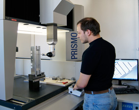 Zeiss Prismo Messmaschine